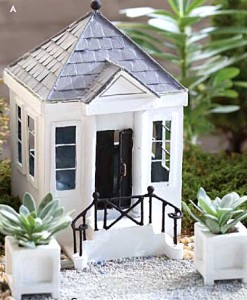 Miniature Fairy garden Greek Revival house
