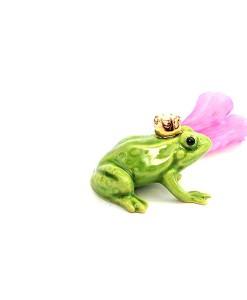Fairy garden frog king