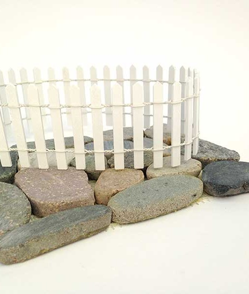 Miniature fairy garden fence