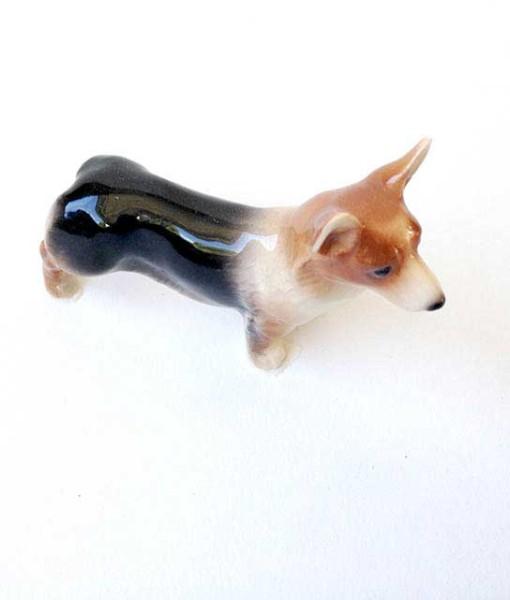 miniature hagen-renaker corgi